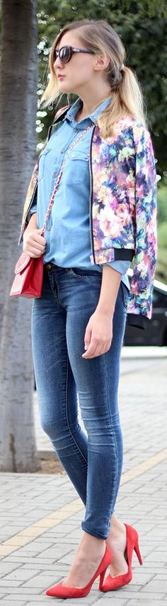 Denim on denim, floral, and matching bag and shoes in a pop of red!