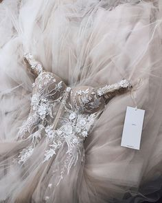 b78f4a1ea108 The  musebyberta DIANA dress is pure magic ❤ Podrobnosti Couture