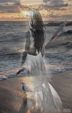 The secrets n thoughts the ocean knows♠ Double Exposition, Romantic Images, Beautiful Images, Creative Photography, Portrait Photography, Double Exposure Photography, Montage Photo, Belle Photo, Fantasy Art