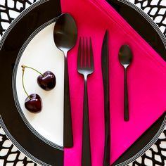 Shop online for the luxury ranges of cutlery and silverware at Amara, perfect for updating your table setting. Black Cutlery, Flatware Set, Matte Black, Dining Plates, Dining Table, Dinnerware, Decorative Plates, Tableware, Dune