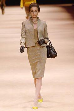 Alexander McQueen Fall 2005 Ready-to-Wear Collection Photos - Vogue