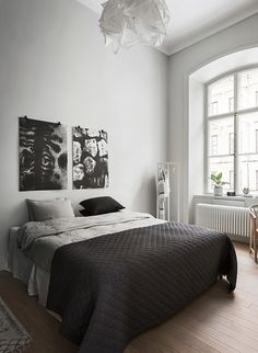 The Best Minimalist Modern Master Bedroom Design Ideas & Inspirations) Black White And Grey Bedroom, White Bedroom Design, Grey Bedroom Decor, Bedroom Bed, White Bedrooms, Monochrome Bedroom, Monochrome Interior, Bedroom Black, Bed Rooms