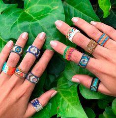 >>>Pandora Jewelry OFF! Peyote Beading, Bead Jewellery, Seed Bead Jewelry, Handmade Wire Jewelry, Diy Friendship Bracelets Patterns, Bead Loom Bracelets, Beaded Jewelry Patterns, Bijoux Diy, Diy Bracelet