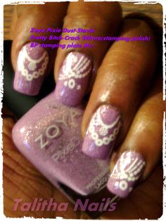 Purple nails and necklace stamping design
