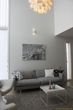 Keltainen keinutuoli | Virpi Mäkinen Sofa, Couch, Furniture, Home Decor, Settee, Settee, Decoration Home, Room Decor, Sofas