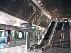 BEST ever MRT trains picture......SINGAPORE.PLEASE SUBSCRIE AND COMMENT - http://singapore-mega.com/best-ever-mrt-trains-picture-singapore-please-subscrie-and-comment/