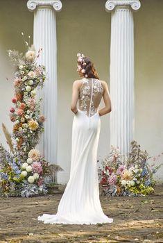 Europa / Nora Sarman Bridal