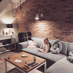 The Best 2019 Interior Design Trends - Interior Design Ideas Home Living Room, Living Room Colors, Game Room Family, Bedroom Design, Living Room Decor, House Interior, Brick Living Room, Interior Design, Living Design