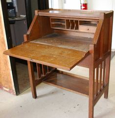Vintage Writing Desk Review And Specs