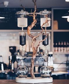 Industrial Coffee Maker for Starting Your Coffee Shop Business - CoffeeLoverGuide Coffee Cafe, Iced Coffee, Coffee Drinks, Coffee Jelly, Coffee Shops, Coffee Break, Coffee Mugs, Coffee Maker Reviews, Best Coffee Maker