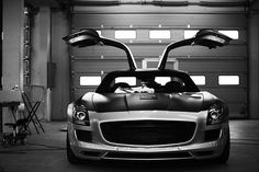 automotivated: Mercedes SLS AMG (by Adam van Noort) Car Dump, Mercedes Sls, Mens Toys, Hot Rides, Amazing Cars, Awesome, Car Manufacturers, My Ride, Hot Cars