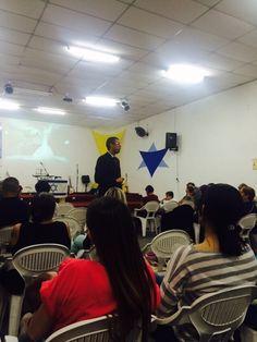 Pregando na Comunidade Ramá de São Paulo, dia 30/08/2015.