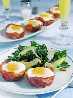 Looking for a yummy breakfast for guests: Eggs Baked in Prosciutto di San Daniele Cups