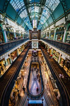 Shopping in the Queen Victoria Building