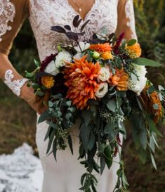 Bridal bouquet for fall wedding flower bouquet wedding flower Burnt Orange Weddings, Orange Wedding Flowers, Fall Wedding Bouquets, Fall Wedding Colors, Fall Flowers, Floral Wedding, Boho Wedding, Wedding Ideas, Bridal Bouquets