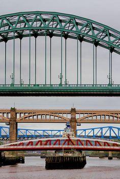 bridges over the tyne by leo reynolds, via flickr     ...