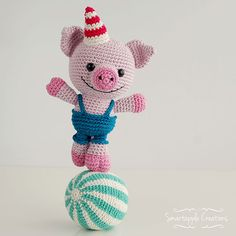 Hubert the Circus Pig  | Amigurumi Circus design contest | entry by Smartapple Creations
