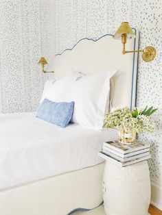 Serene Bedroom, Beautiful Bedrooms, Beautiful Interiors, Guest Bedrooms, Girls Bedroom, Bedroom Decor, Master Bedroom, Guest Room, Bedroom Ideas