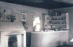 Lottakanttiini Petäjä / Viihtyisin lottakanttiini kilpailun kuvasatoa vuodelta 1944.  #lottamuseo#lottasvard#lottakanttiini#sisustus