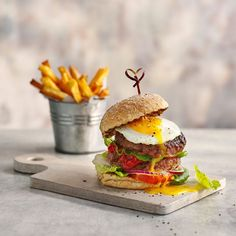 Enjoy fabulous healthy food with Slimming World Healthy Food Blogs, Healthy Recipes, Easy Chilli, Slimming World Dinners, Tomatoes On Toast, Chicken And Chips, Good Food, Yummy Food, Free Fruit