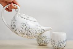 Starting a new fascination for Different Dining Accessories. These Delicately hand painted ceramic tea set from Babys Breath Collection.