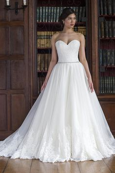 Augusta Jones Bridal dress | Augusta Jones Bridal 2016