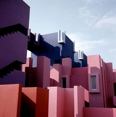 purple+blue+pink+red. Beautiful project. La Muralla Roja, Alicante, Spain by Ricardo Bofill (1973)