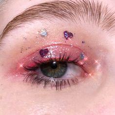 Indie Makeup, Edgy Makeup, Eye Makeup Art, Makeup Goals, Makeup Inspo, Makeup Inspiration, Cute Makeup Looks, Creative Makeup Looks, Pretty Makeup