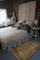 Linen Duvet Cover with ruffle