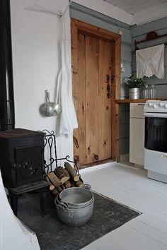 Svenngården: Før og etter: #prosjektGjerde - Kjøkken Kitchen Inspiration, House, Country, Home Decor, Ideas, Homemade Home Decor, Rural Area, Haus, Interior Design
