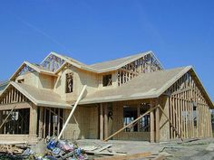 Can I Use a REALTOR® If I Am Purchasing New Construction? This question comes up a lot. The answer is yes but there is much more to it. Let's take a look why not using a REALTOR® is a costly mistake.