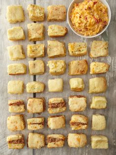 Buttermilk biscuits with pimento cheese and ham! (This isn't a recipe link, but since I have a bomb-diggity pimento cheese recipe & a killer buttermilk biscuit recipe, I bet I could figure it out. Southern Buttermilk Biscuits, Ham Biscuits, Charleston Cheese Dips, Yummy Eats, Yummy Food, Southern Cooking Recipes, Pimento Cheese Recipes, Louisiana Recipes, Food Porn