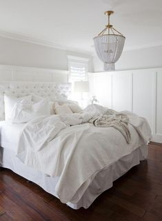 Glad that I could find these White Master Bedroom decor and design ideas and pinning for future reference. All White Bedroom, White Bedroom Furniture, White Rooms, Trendy Bedroom, White Bedding, Cozy Bedroom, Bedroom Decor, Bedroom Ideas, Master Bedroom