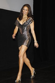 Paula Patton shapely legs in a curve hugging mini dress and high heels Beautiful Legs, Beautiful Black Women, Amazing Legs, Paula Patton Bikini, Beautiful Celebrities, Beautiful Actresses, Tight Dresses, Sexy Dresses, Sexy Legs And Heels