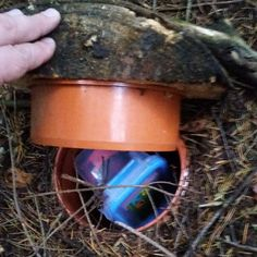 Nice woodland camo on the cover of this #geocache