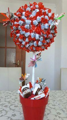 "Most recent Images Gifts – Diana Ansari – pin – PickPin Tips A ""design"" o… - DIY Geschenke 2019 Diy Birthday, Birthday Gifts, Birthday Ideas, Cake Birthday, Birthday Present Diy, Mother Birthday, Diy Jewelry Inspiration, Garden Inspiration, Chocolate Bouquet"
