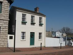 Literary travel: Visit the homes & hangouts of Twain, Kerouac, others