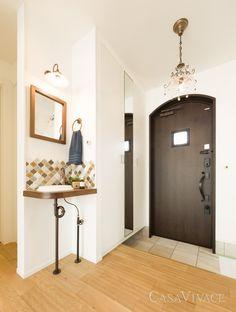 延床35坪 アンティーク風瓦屋根の欧風モダンハウス | 大阪の注文住宅ならCASA VIVACE 大阪進和ホーム