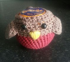My own design, crochet Robin cosy for chocolate orange. www.sparklycards.blogspot.co.uk