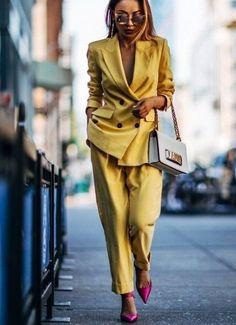 Pin by катерина on идеальный стиль in 2019 suit fashion, fas Suit Fashion, Women's Fashion Dresses, Look Fashion, Autumn Fashion, Fashion 2018, 50 Fashion, Style Work, Mode Style, Office Style
