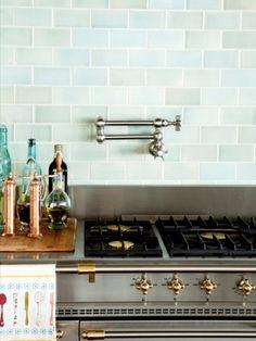 Beautiful kitchen back splash