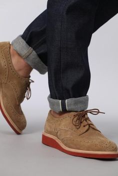 90ecc69593a6 Saw a guy on the train with these on tonight. Like! Trendy Mens Fashion