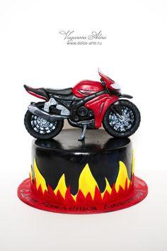 43 New Ideas Motorcycle Cake Life Biker Party, Motorcycle Party, Birthday Cakes For Men, Cakes For Boys, Boy Cakes, Birthday Ideas, Gorgeous Cakes, Amazing Cakes, Thor Cake
