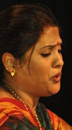 Ganpati Bappa Wallpapers, Vidya Balan Hot, Most Beautiful Bollywood Actress, Aunty In Saree, Submissive Wife, Sexy Wife, Beautiful Girl Indian, Beautiful Women Pictures, Friends Mom
