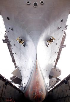 Have you ever seen the underneath of an aircraft carrier? Now you have! This is the USS Dwight D. Eisenhower sitting in dry dock. #Navy #USNavy #AmericasNavy navy.com