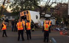 Seis fallecidos en choque de autobús en Tennessee