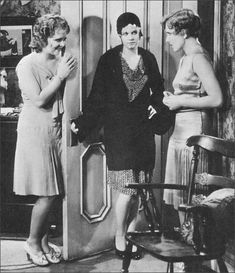 Jean Harlow, Clara Bow, Jean Arthur in The Saturday Night Kid (1929)