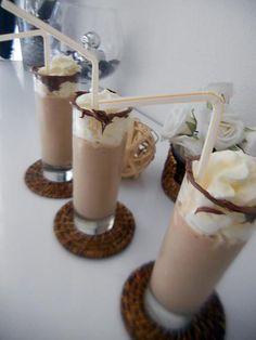 Milk Shakes, Cocktails, Drinks, Cookie Desserts, Cookies Et Biscuits, Ramadan, Punch, Panna Cotta, Cooking