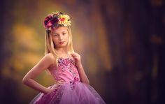 Download wallpaper meg bitton, girl, wreath, dress, style resolution 2048x1299