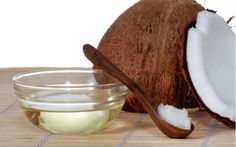 Oil Pulling - The Habit That Can Improve Your Oral Health. Oil pulling is an old healing treatment in which natural substances are used in the process Coconut Oil For Teeth, Coconut Oil Uses, Benefits Of Coconut Oil, Oil Benefits, Health Benefits, Coconut Hair, Oil Pulling, Health And Beauty, Health And Wellness